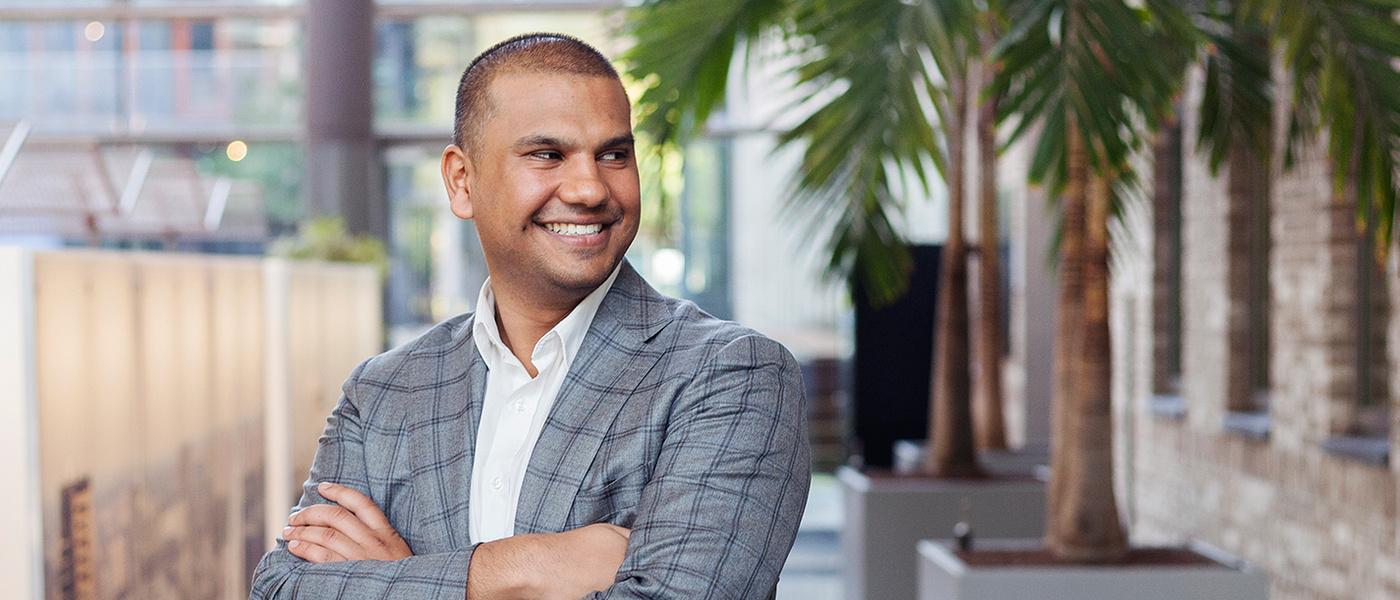 Amrish Kandhai is junior fiscalist bij de Belastingdienst