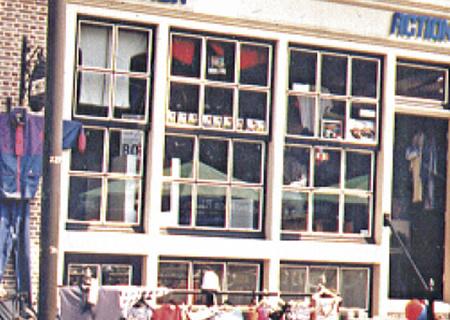 Afbeelding van de eerste Action winkel in Enhuizen