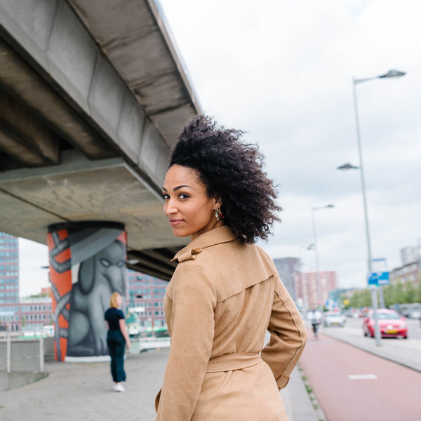 Karima Zerdeb in Rotterdam, foto van Willem de Kam