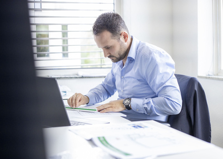 Image of Action employee working in the Real estate department
