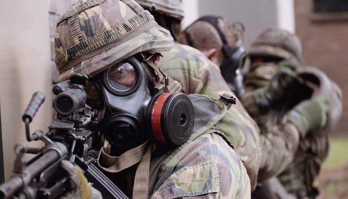 CBRN militairen in actie